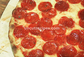 American Pepperoni Pizza ( New York Style ) Recipe